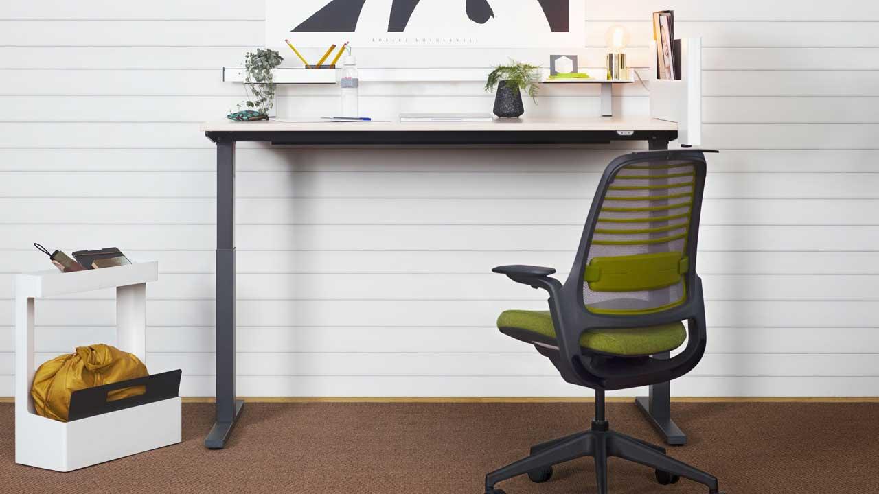steelcase-Schreibtisch